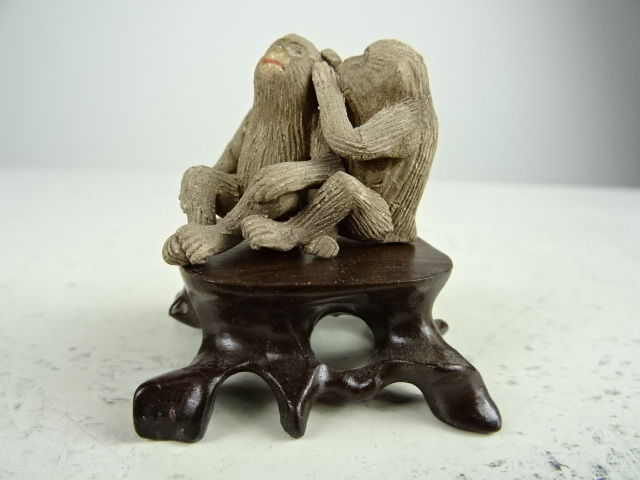 Sculpture Group Of Two Monkeys Japan Second Half 20th Catawiki