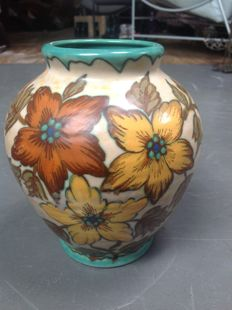 Plateelfabriek Zuid-Holland - Large vase with decor Treso, hand painted