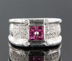 18 kt white gold ring set with ruby and 28 brilliant cut diamonds, approx. 0.28 ct in total – ring size 17.5 (55) *** no reserve price ***