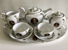 Meander 8-piece Victorian porcelain tête-à-tête tea set