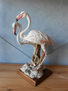 Giuseppe Armani - Large sculpture made of porcelain of a couple of flamingos