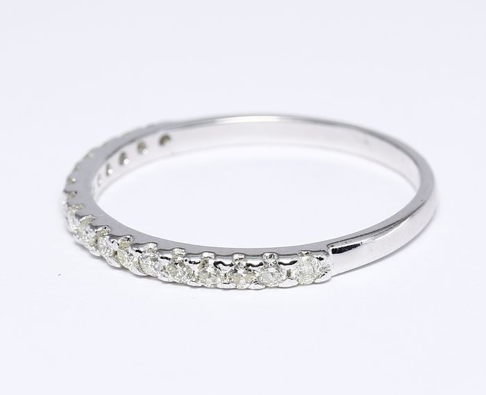 14 kt Diamond band ring – 0.32 ct  - 14kt gold – Ring size 17 / 54 EU ***no reserve price***