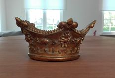 Table Piece - Crown