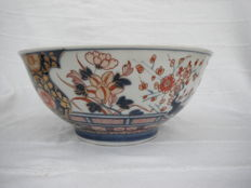 Very large Imara decorative bowl - Compagnie des Indes - Japan - 18th century