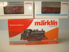 Märklin H0 -  30000/4602/00755-01 - Tender locomotive BR 89 and 2 freight carriages of the DB