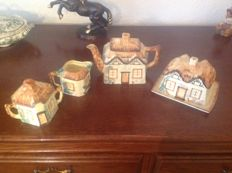 Keele St, Pottery England - Four piece Cottageware tea set - 1 can  - 1 milk can - 1 sugar pot and one butter dish