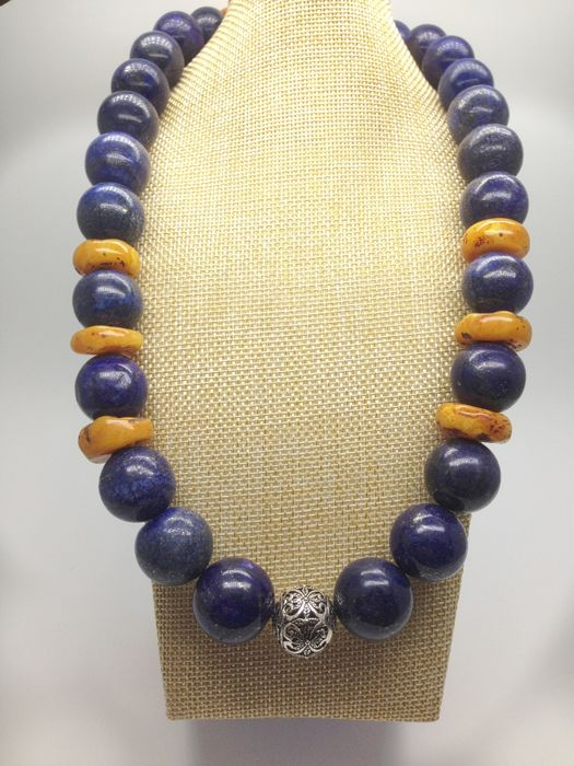 Afghan lapis lazuli necklace with sterling silver bead and clasp - 17-20mm beads - long 56 cm / 22 inch