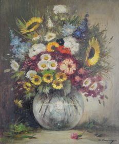 Klaus Clausmeyer (1887-1968) - A still life of a vase of summer flowers.