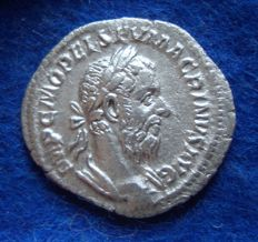 Roman Empire, silver antoninianus of emperor Macrinus (AD 218-222), minted in Rome (P534)