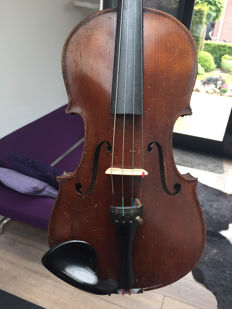 Old violin, label: JHZ