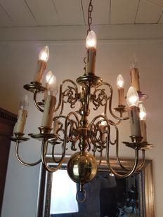 12 arm brass electric chandelier