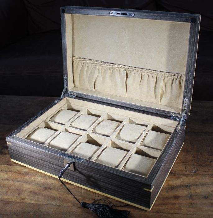 - - LUXURY REAL GINKGO WOOD VENEER WATCH BOX - Holds 10 watches - Heren - 2011-heden