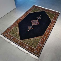 Very high-quality Tabriz Persian carpet with a unique design - 151 x 94 - very good condition - with certificate