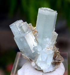 Double Terminated & Undamaged Aquamarine Crystals Cluster with Mica Specimen -  52 x 38 x 25 mm - 47 gram