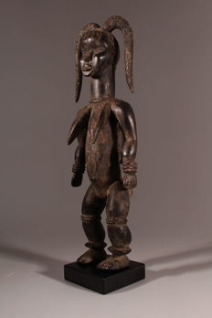Altar figure of the Dan maternity with wooden sceptre - DAN - Ivory Coast