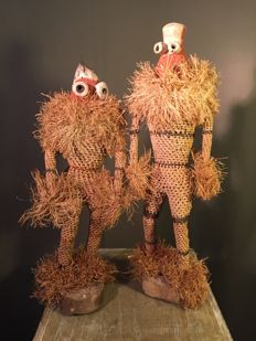 Pair of large traditional dancer dolls - PENDE - Former Belgian Congo