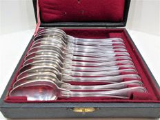 Christofle cassette with 12 dessert spoons