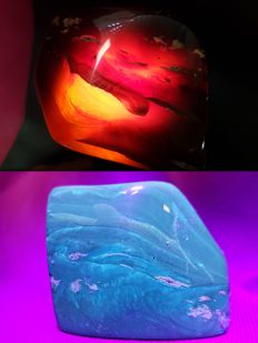 Polished Blue-Red Indonesian Amber – 70% Natural Stone - 55 mm - 35mm