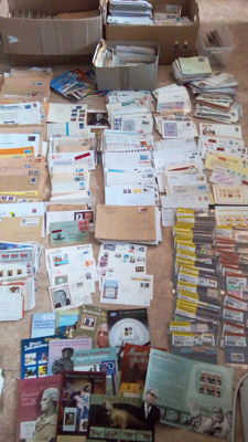 FRG and GDR of East Germany 1970/2016 -  A collection of letters covers , Postcards, over 8000 units and stamps .
