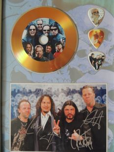 Stunning Metallica  - Decorative Gold Plated Cd Metallica With 3 Guitar Pics Signed Picture Reprint - Very Nice -