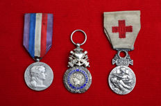 3 French medals, 1866, 1870 and late 19th c.