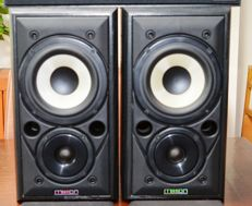 Mission Model 700 bookshelf + Wharfedale center-speaker