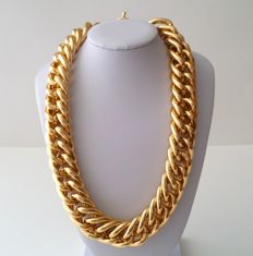 Vintage Sarah Coventry Gold Tone Chunky Necklace