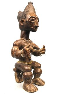 Beautiful Statue - ATIE - Ivory Coast