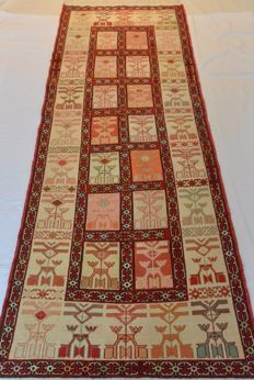 High quality Persian carpet Kilim, rug Tabriz 189 x 72 cm. End of the 20th century