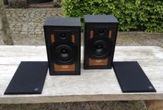 KEF Chorale III, Bookshelf speakers, England, 1983-1985.