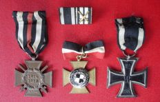 Lot with 3 medals and box clasp, Hohenzollern-Hechingen, Iron Cross 2nd class / WW 1