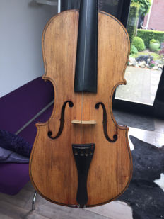Old violin 4/4 with case