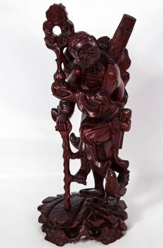 Magnificent sculpture in precious exotic wood 'Chinese sage' – China – early 20th century