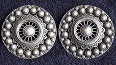 """Two similar traditional """"Zeeland"""" buttons, a brooch and pendant"""