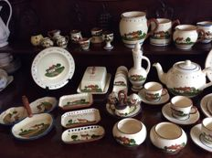 Large collection Torquayware - Motto ware