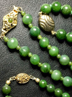 3 old necklaces - Jade Beads from China