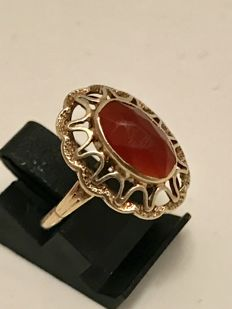 14kt gold women's ring with facetted Carnelian - Ring size is 17 - No reserve