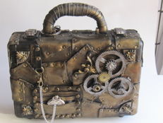24 hours steampunk briefcase with antique keys and working clock