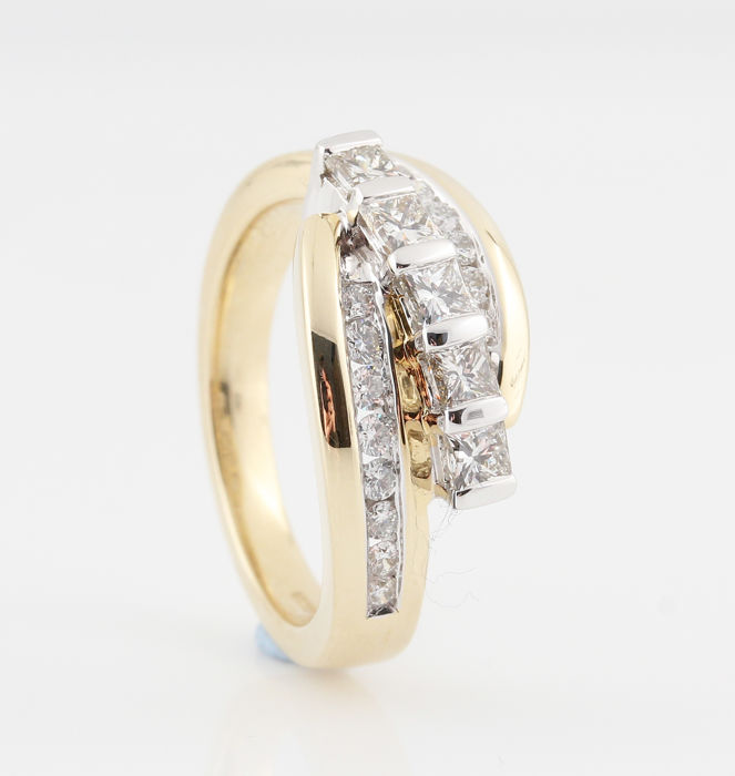 "14 kt yellow and white gold diamond ring 0.96 ct and G-H / VS1-SI1 / ring size 60 and 6.30 grams ""NEW"""