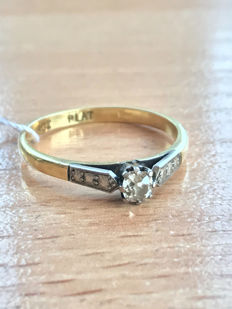 14k Gold ring with diamond, size 18,8mm