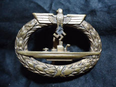 WWII German U Boat badge B&NL marked