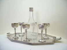 A beautiful silver plated Art-Deco liquor set, stamped