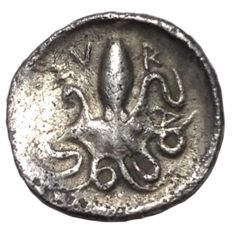 Greek Antiquity - Italy, Sicily, Second Democracy - AR Litra (13mm; 0,75g.) - Syracuse mint, struck 466-460 BC - Arethusa / Cuttle-fish  - SNG ANS 132-133 - Rare