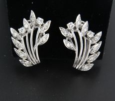 White gold 18 kt clip-on earrings set with 4 old Amsterdam cut and 16 single cut diamonds, approx. 0.46 carat in total ***NO RESERVE PRICE*****