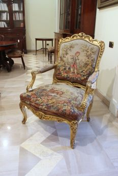 Gilded armchair in Louis XV style - France, second half of the 19th century