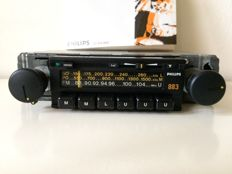 Classic Philips 883 stereo car radio of 1978/1979 (NEW)