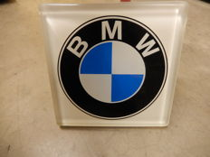 BMW Official Dealership Sign Heavy Perspex BMW Logo with Aluminium Side Mounting Bracket for Wall