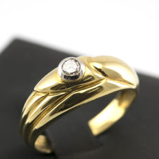 18 kt gold - cocktail ring - brilliant cut diamond weighing 0.15 ct  - interior diameter 17.85mm.