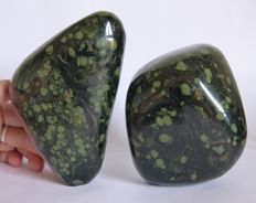Nice set of Kambaba Jasper tumbles - 14 x 9 cm and 11 x 9 cm - 2.019 kg  (2)
