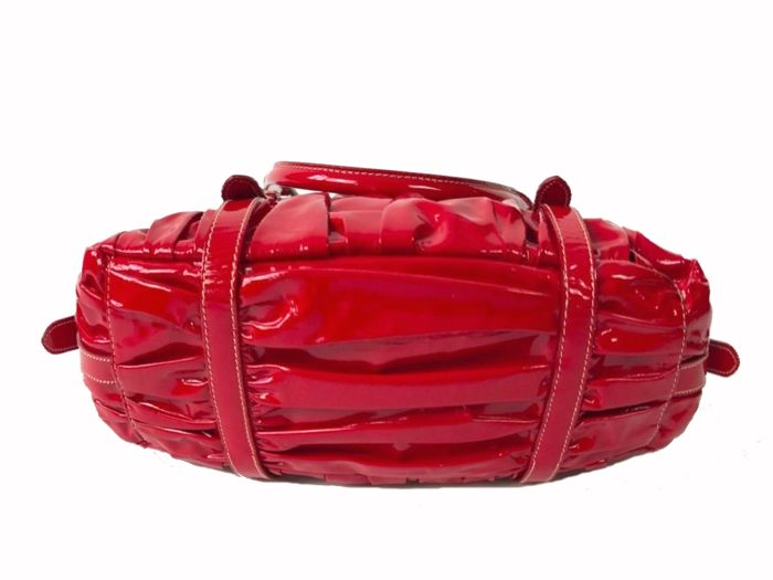c49557ff40 Prada - Vernice Patent Dressy Gaufre Rosso Red + dust bag - no reserve -  Catawiki